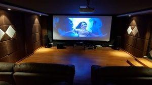 theatre_screen Right House